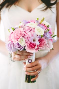 Pastel pink and purple bouquet | Mary Costa Photography