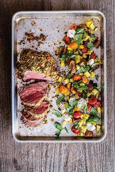 Maximaler Genuss bei minimalem Aufwand: Ein simples Blech plus frische Zutaten – so einfach kann gutes Kochen sein! Entdecken sie unsere köstlichen Rezepte