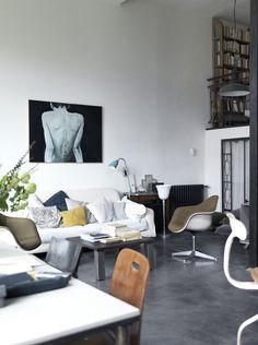 Grey shades in Paris via HEIMELIG blog