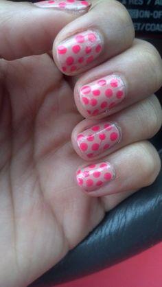 nude + neon polka dot mani