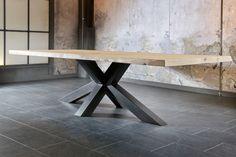 salle-a-manger-table-style-industriel-design-TRUNK-plateau-chêne-massif-pied-métal-Bois&Deco-beauvois-meubles-gibaud-nord-lille-douai-cambrai