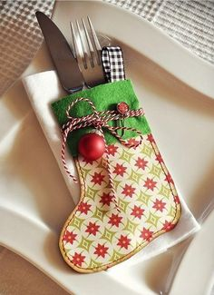 2013 fun Christmas cutlery decor,creative Christmas cutlery stocking holder decor idea, table decor for Christmas Dinner
