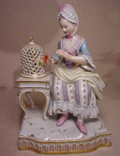 The magic of Meissen porcelain. Porcelain Ceramics, China Porcelain, Dresden, Japanese Tea Set, Bird Cages, China Sets, Russian Art, Collectible Figurines, China Dinnerware