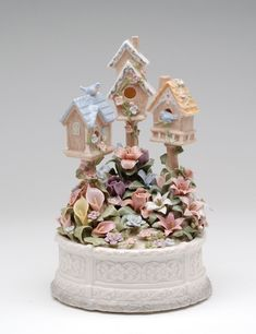 Birdhouse Garden Music Box  #58010