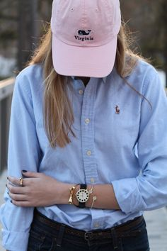 Blue Ralph Lauren oxford cloth button down with a baby pink Vineyard Vines snapback cap. The perfect spring time preppy outfit. Preppy Outfits, Preppy Style, Classy Outfits, Chic Outfits, Preppy Fashion, Preppy Southern, Southern Prep, Southern Shirt, Southern Marsh