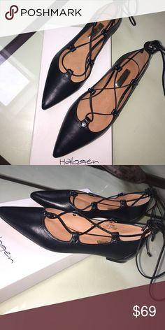NIB Halogen Sz 6.5 Black Lace Up Flats Brand new gorgeous NIB Halogen Sz 6.5 Black Lace Up Flats. Halogen Shoes Flats & Loafers