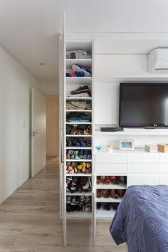 44 Ideas For Guest Bedroom Closet Walks Bedroom Closet Design, Master Bedroom Closet, Closet Designs, Bedroom Storage, Best Interior Design, Bathroom Interior Design, Closet Layout, Condo Living, Guest Bedrooms