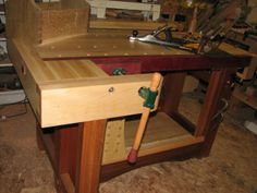 Workbench - shoulder vise