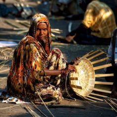 Basket weaver in Mumbai, India@nishjamvwal  http://nishajamvwal.blogspot.in/