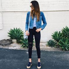 @thriftsandthreads keeps it low-key in the Alana in Demented Black. Link in profile to find your fit.  #InMyJBRAND