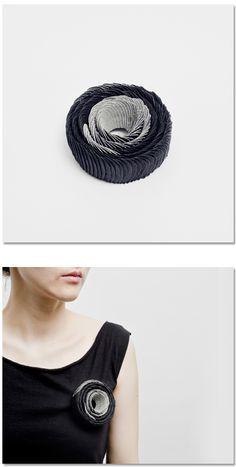 Yong Joo Kim Brooch: Requisite Variety S4-EV7 2013 Hook-loop fastener, Sterling Silver