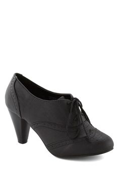 It's All Chic to Me Heel in Black. Its a cinch to translate your posh sense of style when you have these lace-up pumps as your guide! #black #modcloth