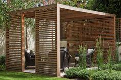 Ideen für den Garten pergola-holz-latten-sichtschutz-sonnenschutz-rattan-gartenmöbel