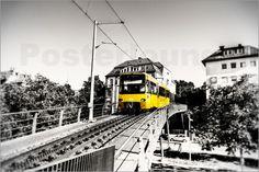 Zahnradbahn Stuttgart Zacke am Marienplatz richtung Degerloch: Poster & Kunstdruck von Zouboulis Photography