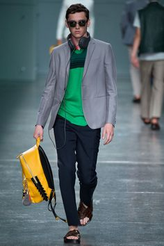 Whatever the occasion is, Fendi does it right! Fendi Spring/Summer 2015 Collection.