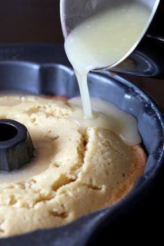 Good Lord, What is Butter Cake, and why haven't I made this yet? This Kentucky Butter Cake is CRAZY moist, buttery and coated with a sweet buttery glaze that crusts the outside and soaks into the cake making it amazing for days. Just Desserts, Delicious Desserts, Yummy Food, Amazing Dessert Recipes, Health Desserts, Sweet Recipes, Cake Recipes, Casserole Recipes, Pasta Recipes