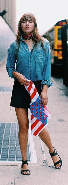 Pin for Later: 15 moderne Jeans-Looks, die alles andere als langweilig sind