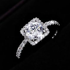 Diamond Engagement Ring  #diamond #ring www.loveitsomuch.com