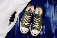 24cb8d47613 Converse Classic   Authentic Nike Shoes For Sale