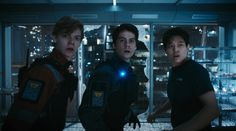 Maze Runner: The Death Cure - Publicity still of Dylan O'Brien, Thomas Brodie-Sangster & Ki Hong Lee. The image measures 4096 * 2277 pixels and was added on 24 January Maze Runner Thomas, Newt Maze Runner, Maze Runner Death Cure, Maze Runner Funny, Maze Runner Movie, Dylan Thomas, Dylan O'brien, Newt Thomas, Thomas Brodie Sangster