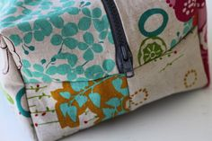How To Make a Boxy Cosmetic Bag Tutorial - handy for storing art supplies!