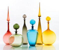 Items op Etsy die op PHOTOGRAPH of 6 glass multi-colored bottles lijken Colored Glass Bottles, Bottles And Jars, Perfume Bottles, Art Of Glass, My Glass, Glas Art, Bottle Vase, Glass Ceramic, Genie Bottle