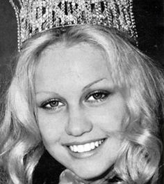 Anneline Kriel, the 1974 Miss South Africa Beauty Pagent Winner. The History of Miss South Africa Beautiful Inside And Out, Beautiful People, Most Beautiful, World Winner, Miss World, Beauty Pageant, Pretoria, African History, African Beauty