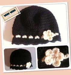 Gorro de ganchillo en blanco y negro / Black and white crochet wool hat