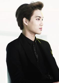 Bias #3 I love Kai! He was the first EXO Prince I was attracted too. Very handsome, but that dancing ability! He's truly a very limber, and an exceptionally skilled professional:)!!