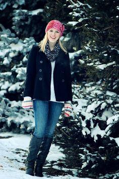 Senior photo session - female portrait - senior picture ideas for girls - snow portrait - winter