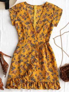 Ruffles Floral Print Dress EARTHY -Plunging Neck Ruffles Floral Print Dress EARTHY - 135 stunning holiday outfit that you must have this summer - page 4 - 64 Spring Outfits You Will Got Want To Wear Yellow Plunging Neck Floral Ruffles Mini Summer Dresses Yellow Dress Summer, Yellow Floral Dress, Floral Dresses, Mini Dresses For Women, Short Summer Dresses, Casual Dresses, Fashion Dresses, Work Dresses, Mein Style