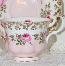 pink cup and brocant -