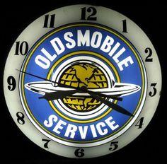 Oldsmobile Antique Advertising Clock  (Service)