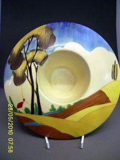 Clarice Cliff Superb Pattern & Extremely Rare Mushroom Shape Posy Bowl in Pottery, Porcelain & Glass, Pottery, Clarice Cliff Clarice Cliff, Art Deco Home, Modern Art Deco, Ceramic Design, Ceramic Artists, Vintage China, Rare Antique, Vintage Gifts, Vintage Ceramic