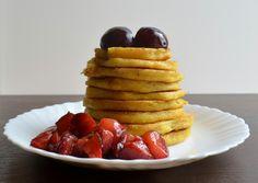 Relish it: Kukurydziane pancakes z sosem śliwkowym