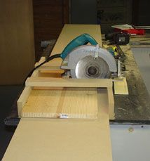 14 Circular Saw Jig Plans: Crosscut Jigs, Ripping Jigs and More! |