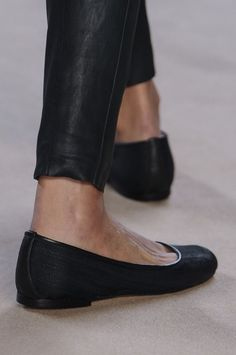 Waxed skinny jeans and a beautiful pair of flats - great everyday wear