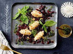 Mandel-Ziegenkäsenocken mit Pesto Rezept
