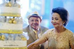 Look of Adoration by Nice Print Photography - a TWIPP Platinum Member & Major Sponsor of Wedding Expo Philippines - September 2015 See details: http://themesnmotifs.net/s/niceprintphotography