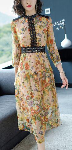 Elegant Floral Lace Stitching Big Hem Maxi Dress