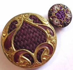 Perfume Button. A perfume button comes in three types. The earliest was made in the late 1700s/early 1800s. The Victorian type (pictured above) was made in the late 1800s and had a design on velvet set in a metal rim. Women put perfume on the velvet instead of themselves