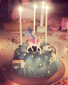 Regenbogeeinhornkuchen