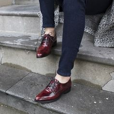 Add a little red to your shoe collection --> http://omoda.nu/Gabor-red-lace-ups