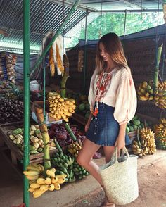 """39.9k Likes, 197 Comments - Jessica Stein (@tuulavintage) on Instagram: """"Veggie market stall stops... where the bananas are hilarious """""""