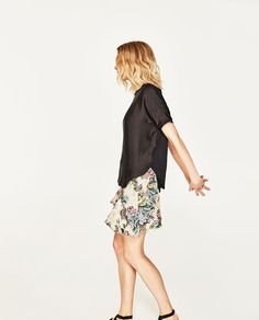Image 4 of OVERSIZE BLOUSE from Zara