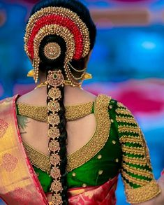 Exclusive wedding saree blouse designs are in-trend these days, here I have complied few of the unique blouse designs for wedding saree. South Indian Wedding Hairstyles, Bridal Hairstyle Indian Wedding, Bridal Hairdo, Hairdo Wedding, Indian Hairstyles, Bride Hairstyles, Saree Hairstyles, Bridal Braids, South Indian Wedding Saree