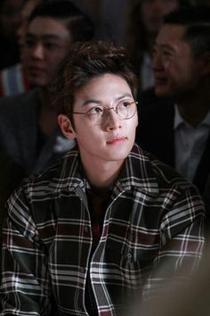 This is a page for all fans of Ji Chang Wook Disclaimer: I am not Ji Chang Wook or know Ji Chang Wook. Ji Chang Wook Smile, Ji Chang Wook Healer, Ji Chan Wook, Park Seo Joon Abs, Seo Kang Joon, Kang Jun, Cute Celebrities, Korean Celebrities, Korean Actors