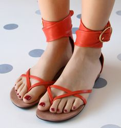 Chie Mihara shoes, sandals, blocs and boots. Buy now original, feminine footwear. Designer shoes of maximum comfort! Orange Leather, Ankle Straps, Low Heels, Summer Collection, Jasmine, Designer Shoes, Open Toe, Most Beautiful, Feminine