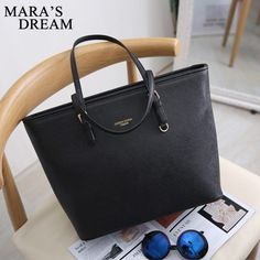 Best Purses, Designer Wallets, Wholesale Handbags, Black Shoulder Bag, Shoulder Bags, Big Bags, Shopper Bag, Black Tote Bag, Zipper Bags
