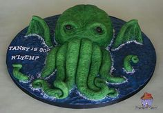 Cthulu cake, guess who wants this for their birthday this year?